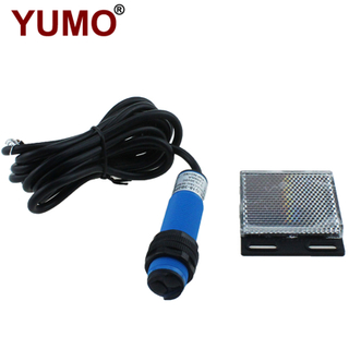 G18-3B2PC Retroreflective Photoelectric Digital Beam Photocell Sensor